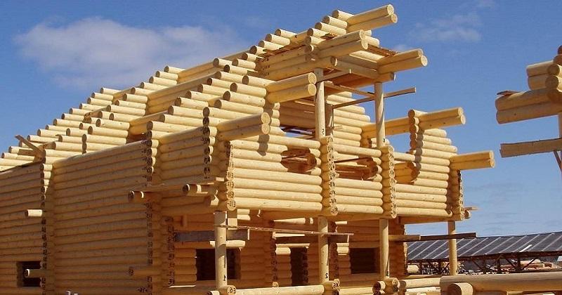 Строительство коттеджей из оцилиндрованного бревна в Екатеринбурге